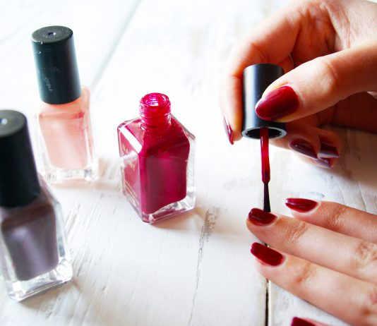 Why Most People Are Going For 3, 5, and 7-Free Nail Polishes