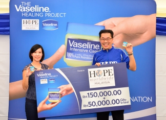 #Scenes: Vaseline Malaysia Collaborates With HOPE Worldwide Malaysia For The Second Annual Vaseline Healing Project-Pamper.my